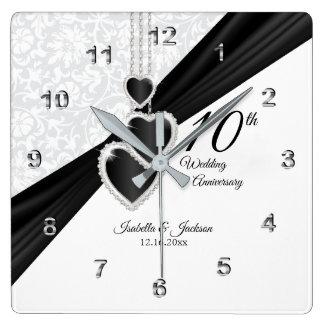 10. Onyx und weißes Hochzeitstag-Andenken Quadratische Wanduhr