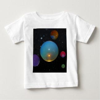 23. Universum im Raum Baby T-shirt