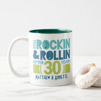 29. Jahrestags-personalisiertes Tassen-Geschenk Zweifarbige Tasse