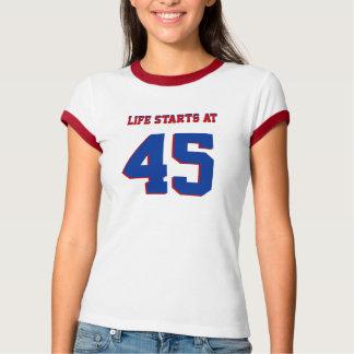 45. Geburtstags-Witz-Leben-beginnen mit 45 T-Shirt