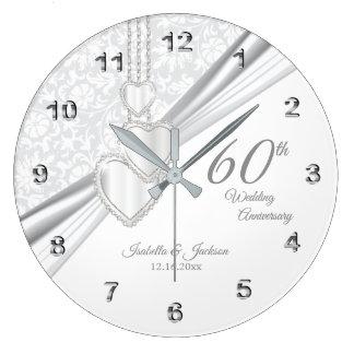 60. Diamant-Hochzeitstag-Entwurf auf Weiß Große Wanduhr