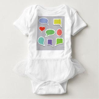 66Speech Bubbles_rasterized Baby Strampler