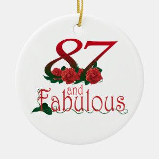 87. Geburtstags-Rote Rose Verzierung Rundes Keramik Ornament