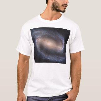 Abgehaltener Spiralarm NGC 1300 T-Shirt