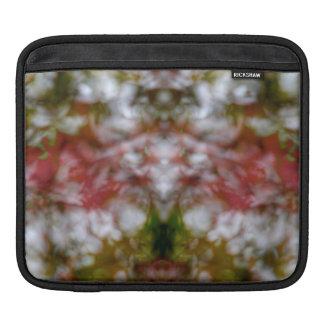 Abstrakte Kaleidoskopzahl und -gesichter Sleeve Für iPads