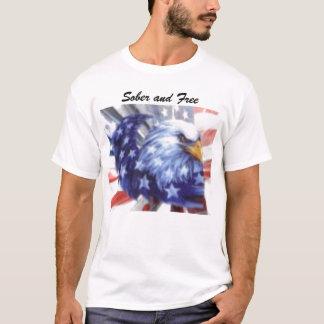 Adler, nüchtern und frei T-Shirt