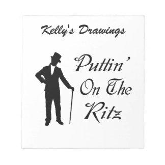 Adretter Mann Puttin auf dem Ritz Notizblock