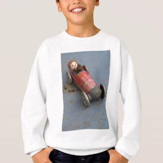 Affe in einem Spielzeugauto Sweatshirt