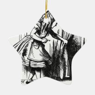 Alice findet eine Tür Keramik Stern-Ornament