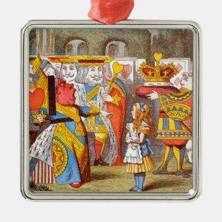 Alice im Hof 1 der Königin Quadratisches Silberfarbenes Ornament