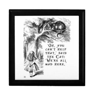 Alice im Wunderland - wir sind alle hier wütend Große Quadratische Schatulle