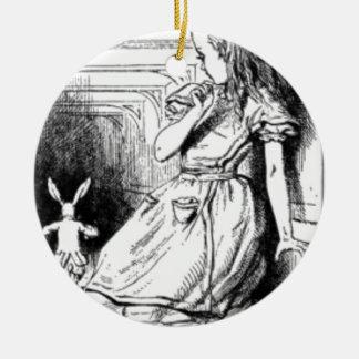 Alice und das weiße Kaninchen Rundes Keramik Ornament