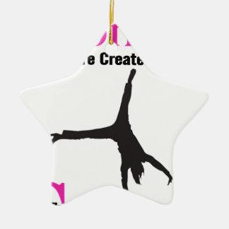 Alle Frauen sind geschaffenes Gleichgestelltes Keramik Stern-Ornament