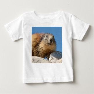Alpines Murmeltier auf Felsen Baby T-shirt