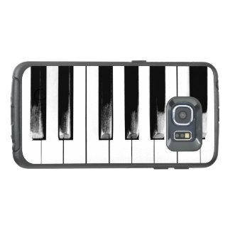 Altes Klavier befestigt lustiges cooles