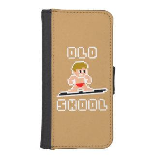 Altes surfendes Skool (blasser Mann, WEISS) iPhone SE/5/5s Geldbeutel