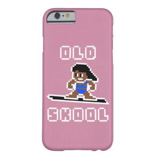 Altes surfendes Skool (gebräunte Frau, WEISS) Barely There iPhone 6 Hülle