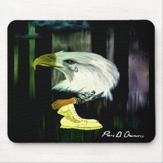 Amerikaner-Eagle-Schreie Mousepad