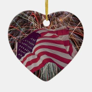 Amerikanische Flagge und Feuerwerke Keramik Ornament