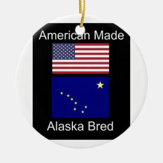 """Amerikanisches geborenes. Alaska züchtete"" Keramik Ornament"