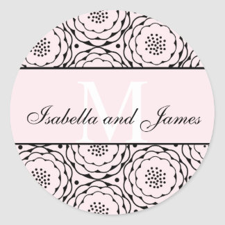 Anfangsbraut-Bräutigam nennt Wedding rosa Blumen Runder Aufkleber