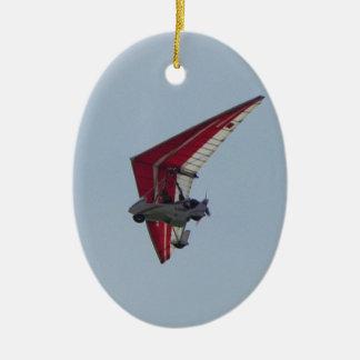 Angetriebenes Fallsegelflugzeug Ovales Keramik Ornament