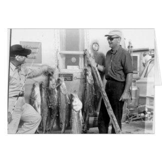 Angler mit Snook, Marco Island, Florida, 1965 Grußkarte