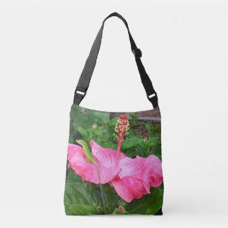 Anole Eidechse auf der rosa Hibiskus-Blume Tragetaschen Mit Langen Trägern