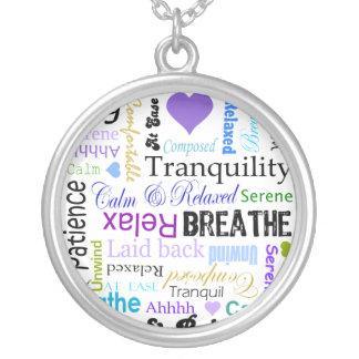 Anti-Druck entspannen sich u. atmen Versilberte Kette