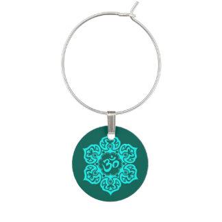 Aquamarine blauer Lotos-Blume OM Weinglas Anhänger