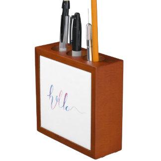 Aquarell-hallo Text auf einem Stifthalter