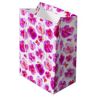 Aquarellkunst-Geschenktasche des Pansy-Violarosas Mittlere Geschenktüte