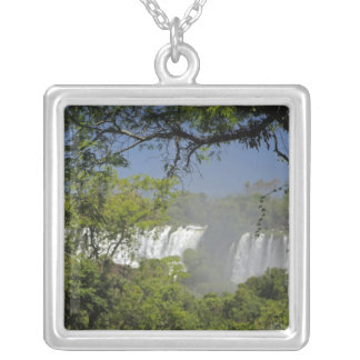 Argentinien, Iguacu fällt in Sonne. 2 Versilberte Kette