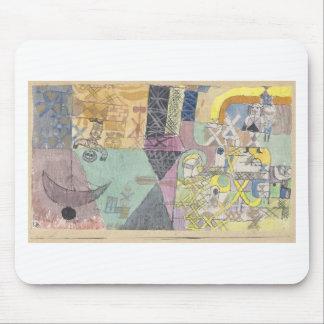 Asiatische Entertainer durch Paul Klee Mousepads