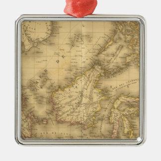 Asien 13 quadratisches silberfarbenes ornament