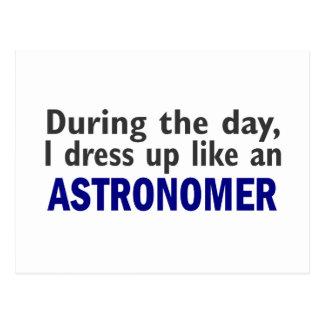 Astronom während des Tages Postkarte