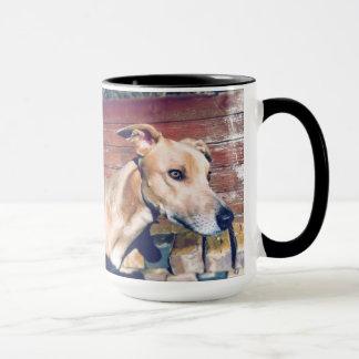 Aufstellung des Hundes Tasse