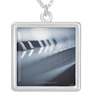 Ausführliche Klavier-Schlüssel 2 Versilberte Kette