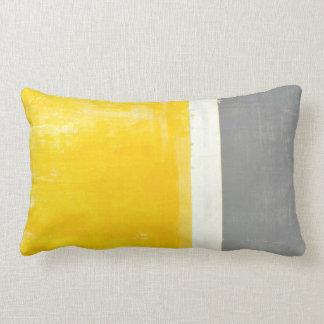"""""""Außenseiten-"""" graues und gelbes abstraktes Zierkissen"""