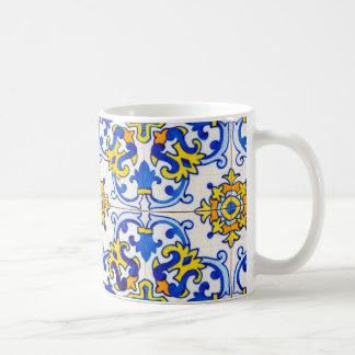 Azulejos die Kunst der portugiesischen Tasse