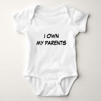 Baby besitzen Eltern Baby Strampler