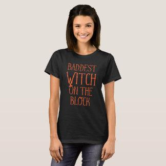 Baddest Hexe auf dem Block Halloween T-Shirt