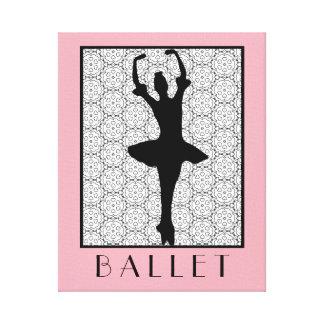 Ballerina-Silhouette auf einem Herzmandala-Muster Leinwand Druck
