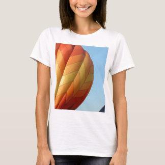 Ballon!  Leuchtorange! T-Shirt
