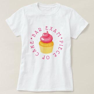 Bar-Prüfungs-Stück des Kuchens T-Shirt