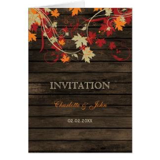 Barnwood, der rustikale wedding Herbstlaub lädt Grußkarte