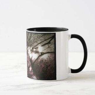 Bäume an der Twilight Tasse