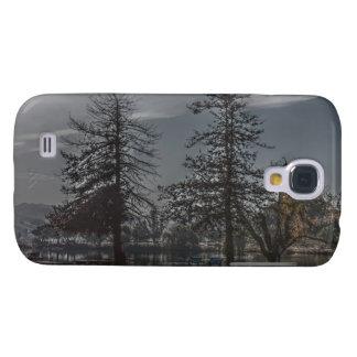 Bäume durch den See-klaren starken Fall Galaxy S4 Hülle