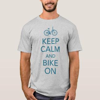 Behalten Sie Ruhe und Fahrrad auf Shirt
