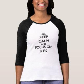 Behalten Sie Ruhe und Fokus auf Bliss T-Shirt